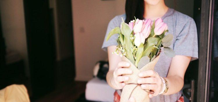 ¡En este post te explicamos como CONSERVAR y CUIDAR flores para que duren mucho más tiempo!
