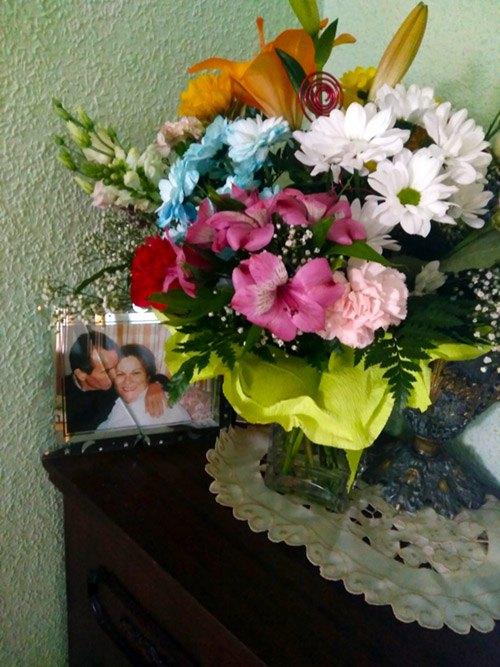 ramo de flores de regalo con foto